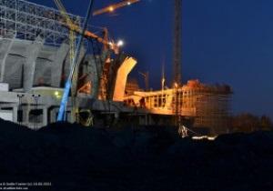 Фотогалерея: От заката до рассвета. Как ночью строят стадион во Львове
