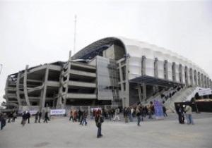 У травні наступного року UEFA візьме в оренду арени Євро-2012