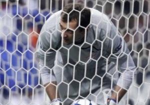 Украинский вратарь Спартака может пропустить матч с Порту из-за гриппа