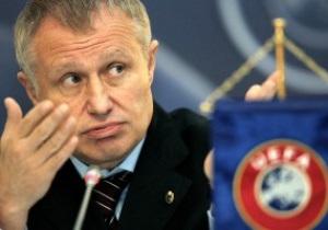 Янукович и Бубка поздравили Суркиса с переизбранием в Исполком UEFA