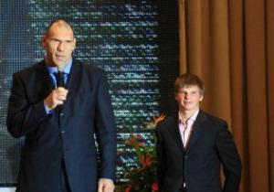 Аршавин убедил Валуева, что Россия победит Армению