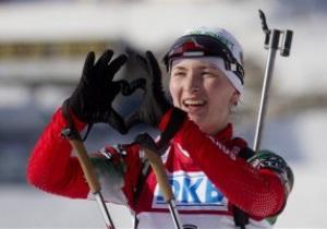 Холменколлен: Домрачева выиграла масс-старт, Макаряйнен взяла Кубок Мира