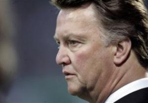 Ван Галь: Пора вводить трансферное окно для тренеров