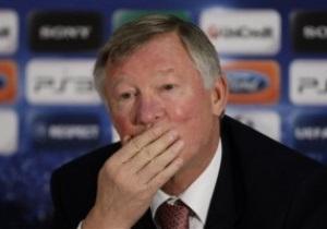 Наставник Манчестер Юнайтед снял бойкот на общение с прессой