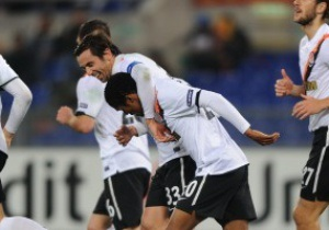 Дуглас Коста і Чигринський потрапили в символічну збірну туру Ліги Чемпіонів