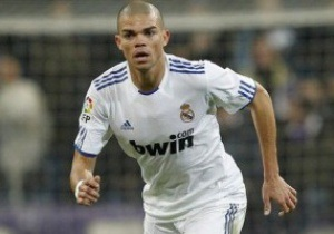 ЗМІ: Лондонський Арсенал пропонує за захисника Реала 30 мільйонів євро