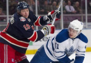 NHL: Федотенко поучаствовал в разгроме Торонто