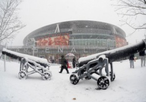 Фотогалерея: Белое безмолвие. Из-за непогоды в Европе массово отменили футбольные матчи