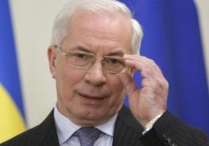 Азаров уверен в своевременной подготовке к Евро-2012