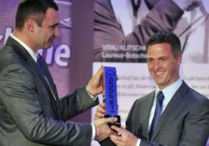 Кличко вручил награду Шумахеру