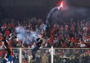 Президент Сербії попросив вибачення за поведінку фанатів