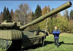 Росія нарощує військову потугу дутою зброєю