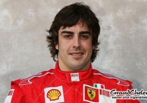 Фернандо Алонсо завтра стартует с поула на Гран-при Сингапура