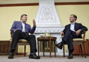 Янукович запропонував Медведєву разом готуватися до Євро-2012