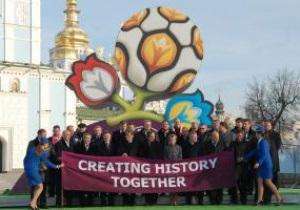 Минобразования обучит 120 тысяч украинских волонтеров английскому к Евро-2012