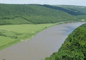 Українські водойми: краще не купатися