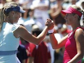 Шарапова проиграла Азаренко в финале в Стэнфорде