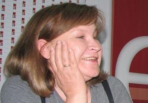 Письменниця, твори якої видаються в Україні найбільшими тирадами, розповіла Корреспондент.net про нову книгу