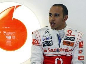 Пилоты Формулы-1 считают Хэмилтона фаворитом сезона-2010
