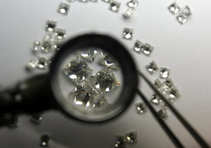 Россия выкупила алмазов на миллиард долларов, чтобы поддержать отрасль