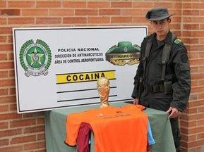 В Колумбии задержали наркоторговецев, провозивших кокаин в Кубке мира ФИФА