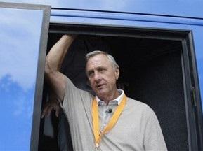 Йохан Кройф больше не является почетным президентом Барселоны