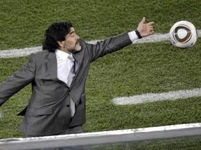 Фотогалерея: Марадона любит всех. Аргентина побеждает Грецию