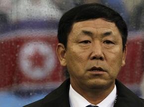 Сокрушительное поражение КНДР: Тренер взял вину на себя
