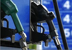 Белнефтехим намерен продавать бензин в Украине