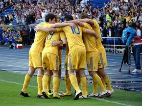 Ахметов і Ярославський виплатили премії футболістам збірної України