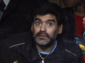 Марадона получил диплом тренера