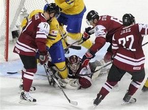ЧМ по хоккею: Финны одолели белорусов, шведы обыграли латвийцев