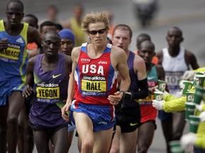 Украинец финишировал 17-м на Бостонском марафоне