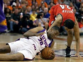 NBA Playoffs-2010: Портленд побеждает Санс на морально-волевых