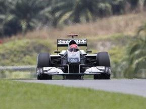 Гран-при Малайзии: Шумахер сошел на 10-м круге