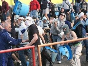 На фінал Євро-2012 в Україну можуть приїхати до 10 тисяч футбольних хуліганів
