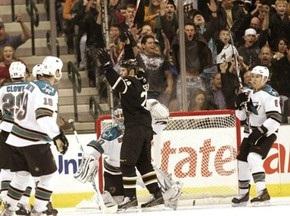 NHL: Звезды уничтожили Акул