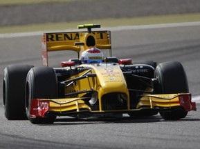 Гран-при Бахрейна: Петров сошел с трассы на 13-м круге