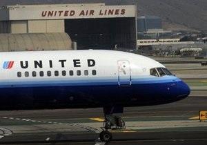 United Airlines назвала сумму потерь от снежных бурь в феврале