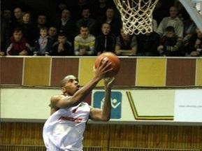 Суперлига: Азовмаш переиграл Политехнику, Днепр дома обыграл Николаев