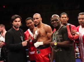 Бокс: Силлах одержал очередную победу