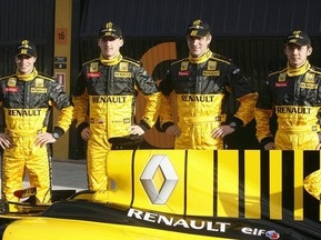 Русские идут: Петров стал пилотом Renault