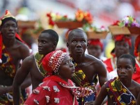 На Кубку Африки борються з масовими заворушеннями за допомогою презервативів