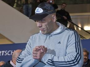 Валуев готов подписать контракт на бой с Виталием Кличко