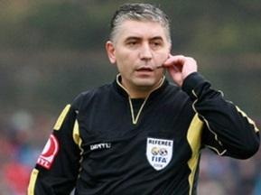 УЕФА дисквалифицировал назначившего четыре пенальти арбитра