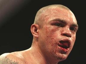 Экс-чемпион мира по боксу арестован за драку с кикбоксером