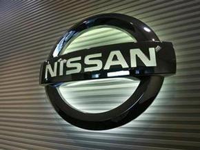 Nissan отзывает 320 тысяч автомобилей