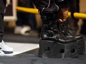 Тренер Хэя использовал необычную обувь при подготовке