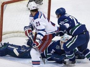 NHL: Новое поражение Рейнджеров