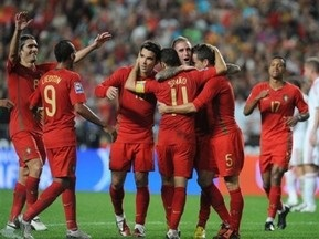 ЧМ-2010: Россия не смогла обыграть Азербайджан, Хорватия с трудом побеждает Казахстан